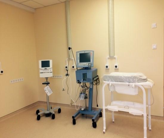 Апарат для штучної вентиляції легенів новонародженого